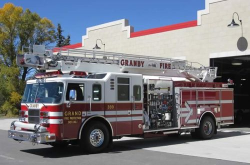 333 - Pierce, 1,500-gpm Engine with 61-foot Aerial Ladder